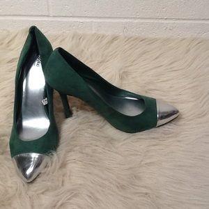 Green Suede Silver Tip Heel Sz 8.5